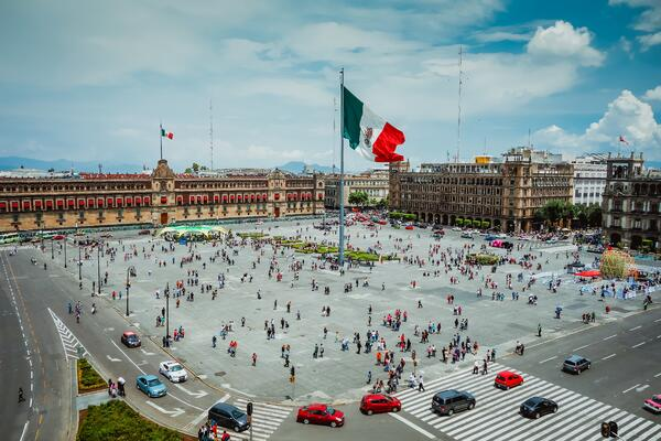 digital communications in mexico